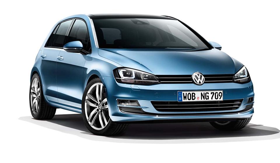 6946880Blue-Volkswagen-Golf