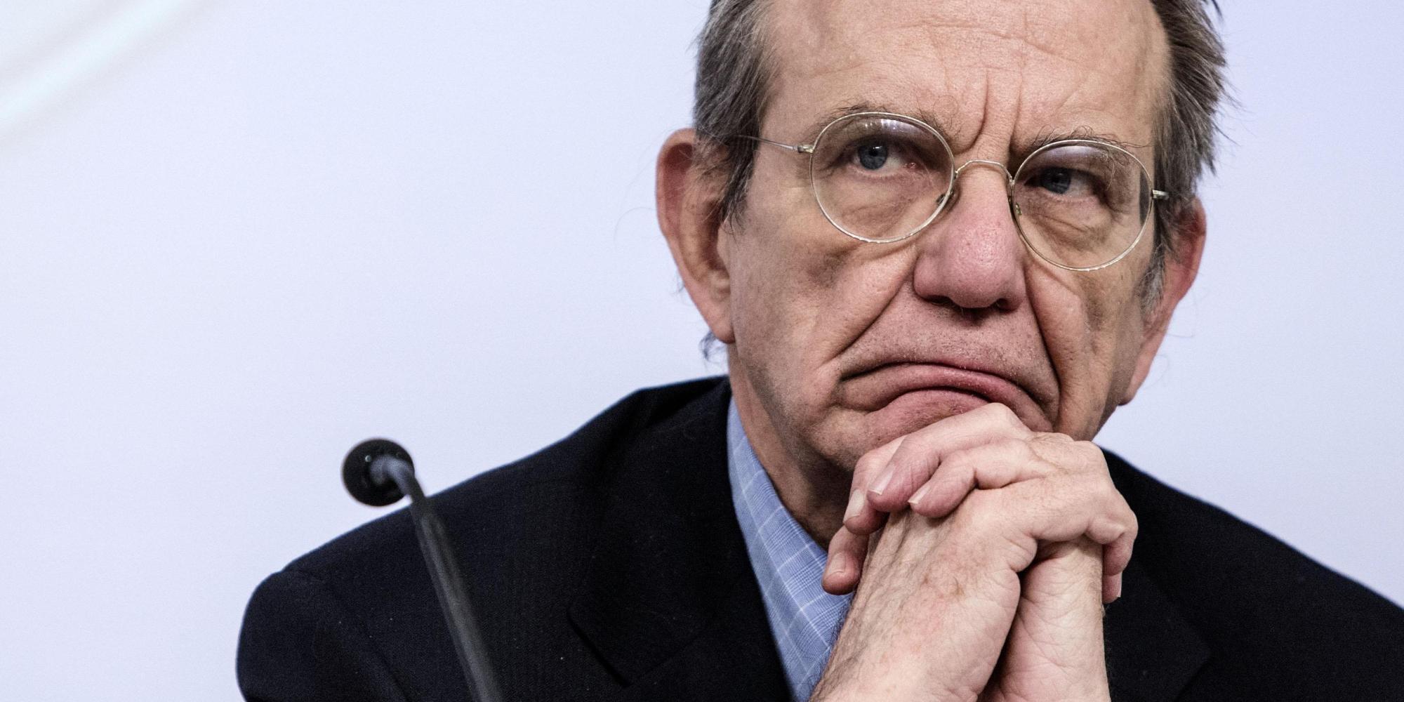 Il ministro dell'Economia Pier Carlo Padoan: fisco con entrate in aumento