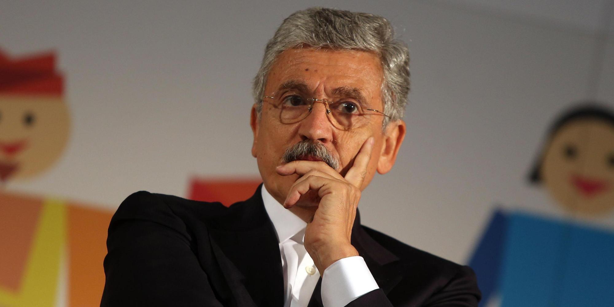 Massimo D'Alemaalla festa democratica del Pd milanese che si svolge