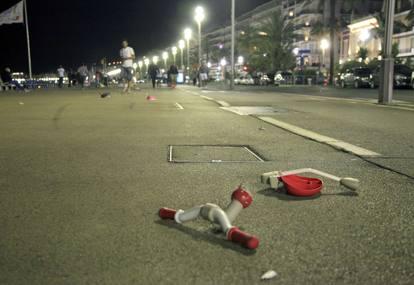 La dinamica dell'attentato di Nizza
