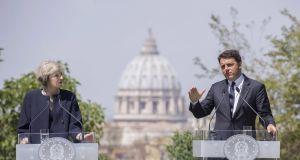 Renzi e May uniti nella lotta al terrorismo