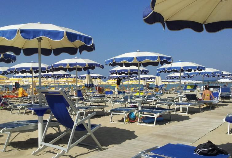 Ue boccia l'Italia sulle concessioni balneari
