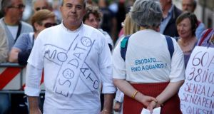 Esodati manifestano davanti al ministero del Lavoro