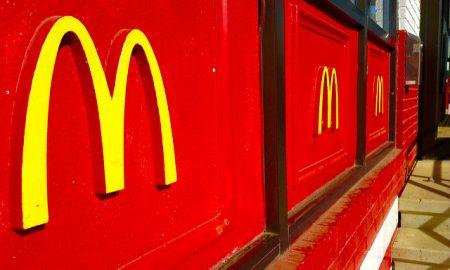 mcdonald's rivoluziona il menù pronti gli hamburger freschi