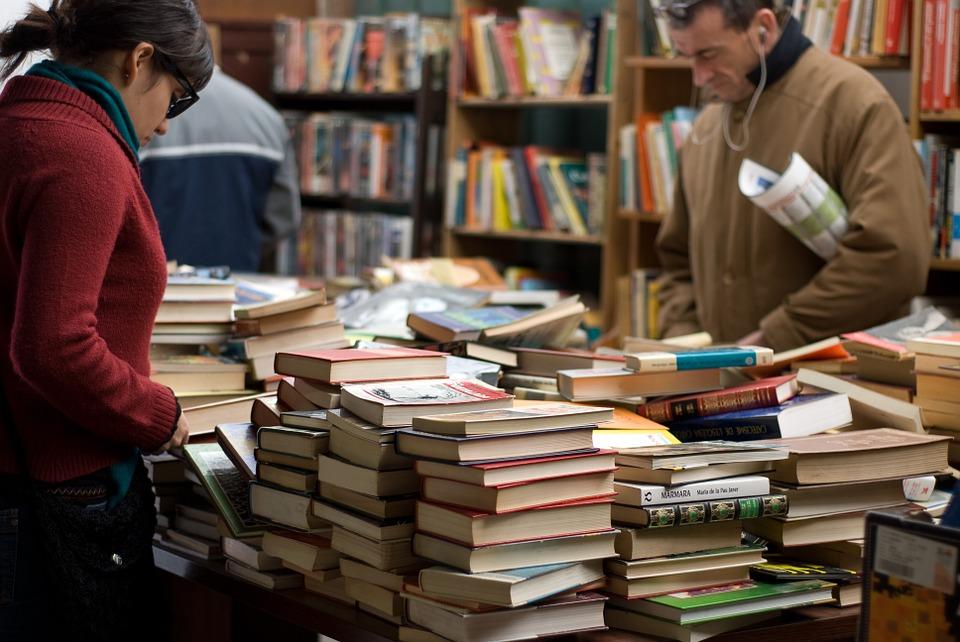 books-389392_960_720