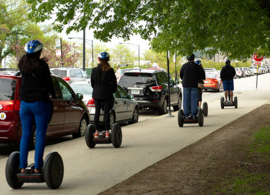 hoverboard- in giro in Segway