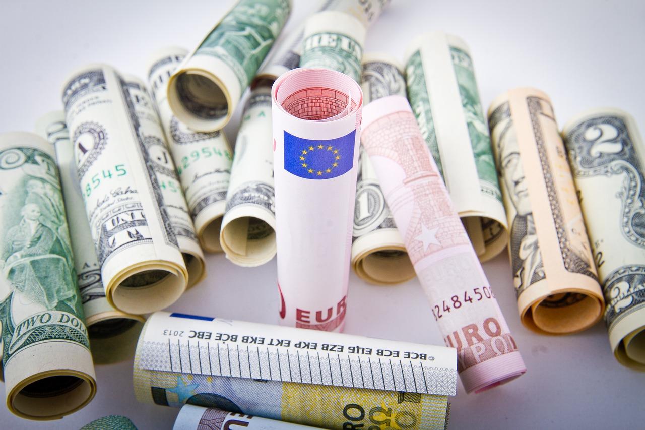 stipendi degli stagisti-importi-da-migliaia-di-dollari-euro