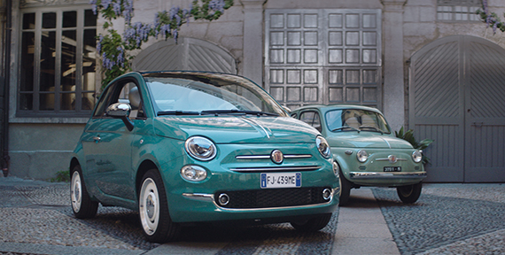 Fiat 500 al MoMa: a confronto modelli vecchi e nuovi