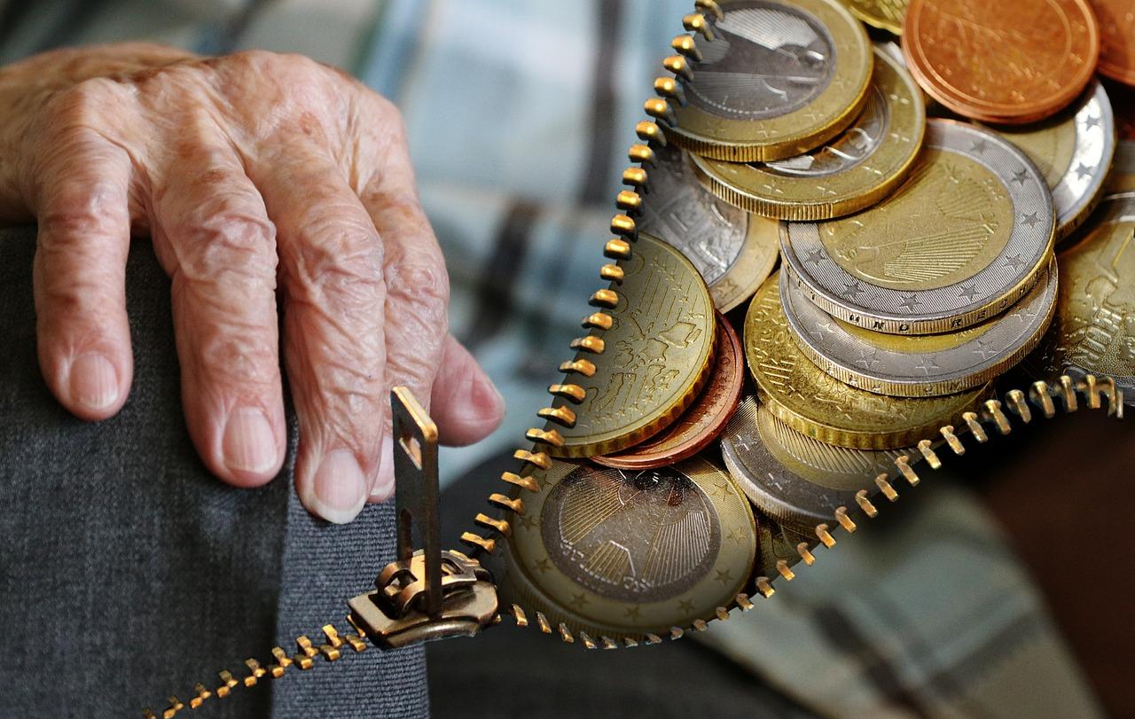 In pensione all'estero permettersi di sostenere tutte le spese