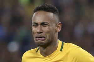 Neymar passa al PSG trasferimento record