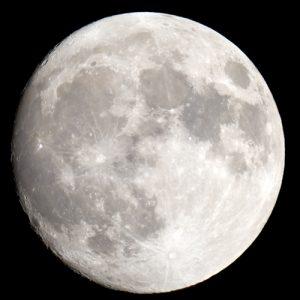 scoperte particelle di vetro sulla luna che potrebbero contenere acqua