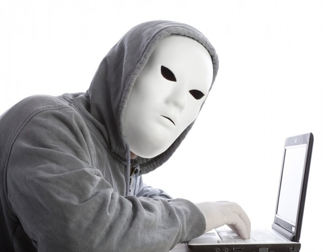 difendersi sui social da stalker sconosciuti