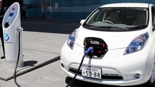 ricarica auto elettrica 2
