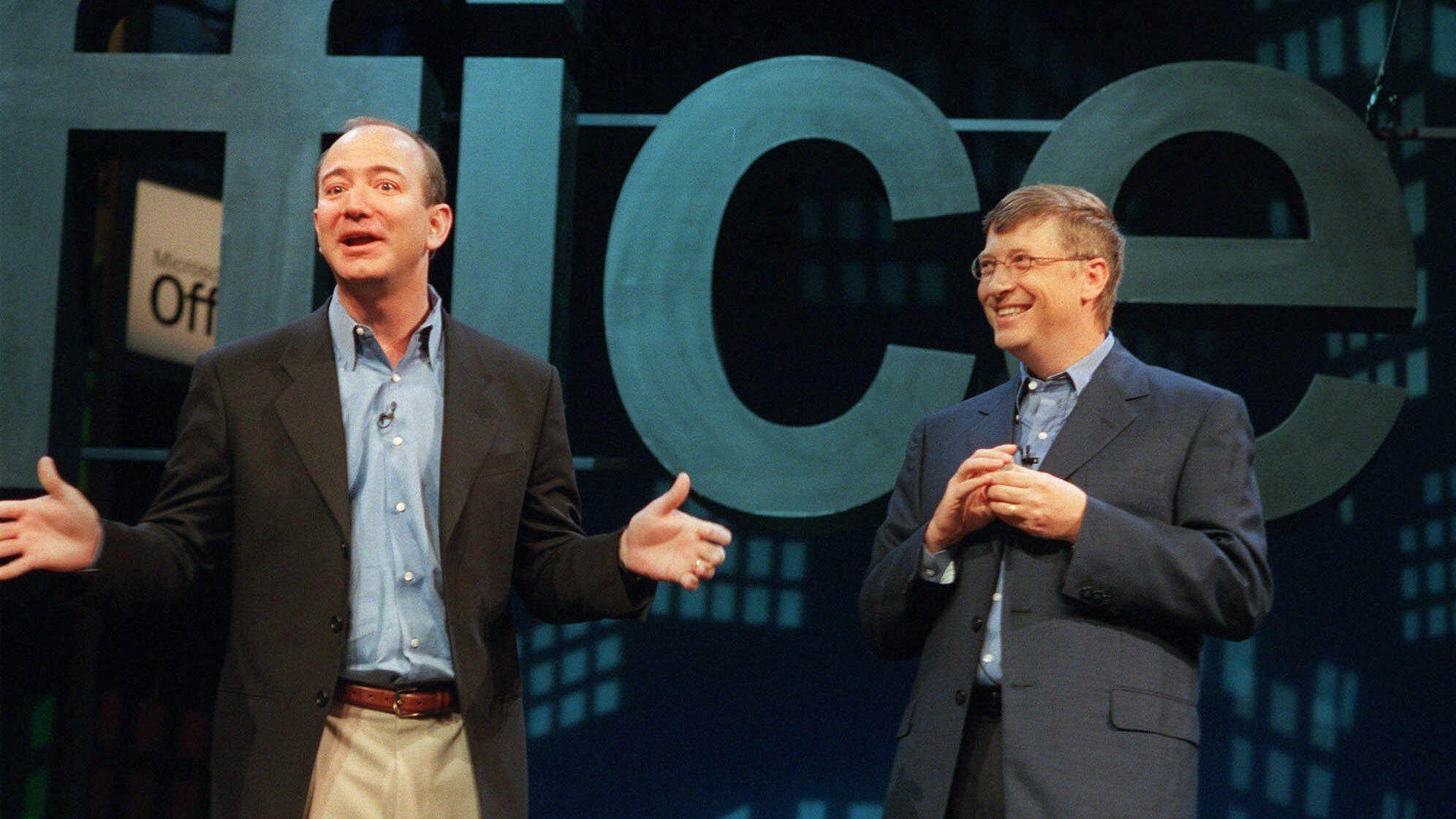 Bezos-Gates più ricchi del mondo