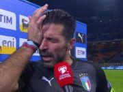 buffon piange per l'eliminazione dell'Italia