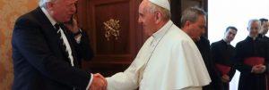 trump-popolare-su-twitter-anche-più-del-papa