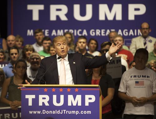 Donald Trump accusato di molestie sessuali su oltre 10 donne