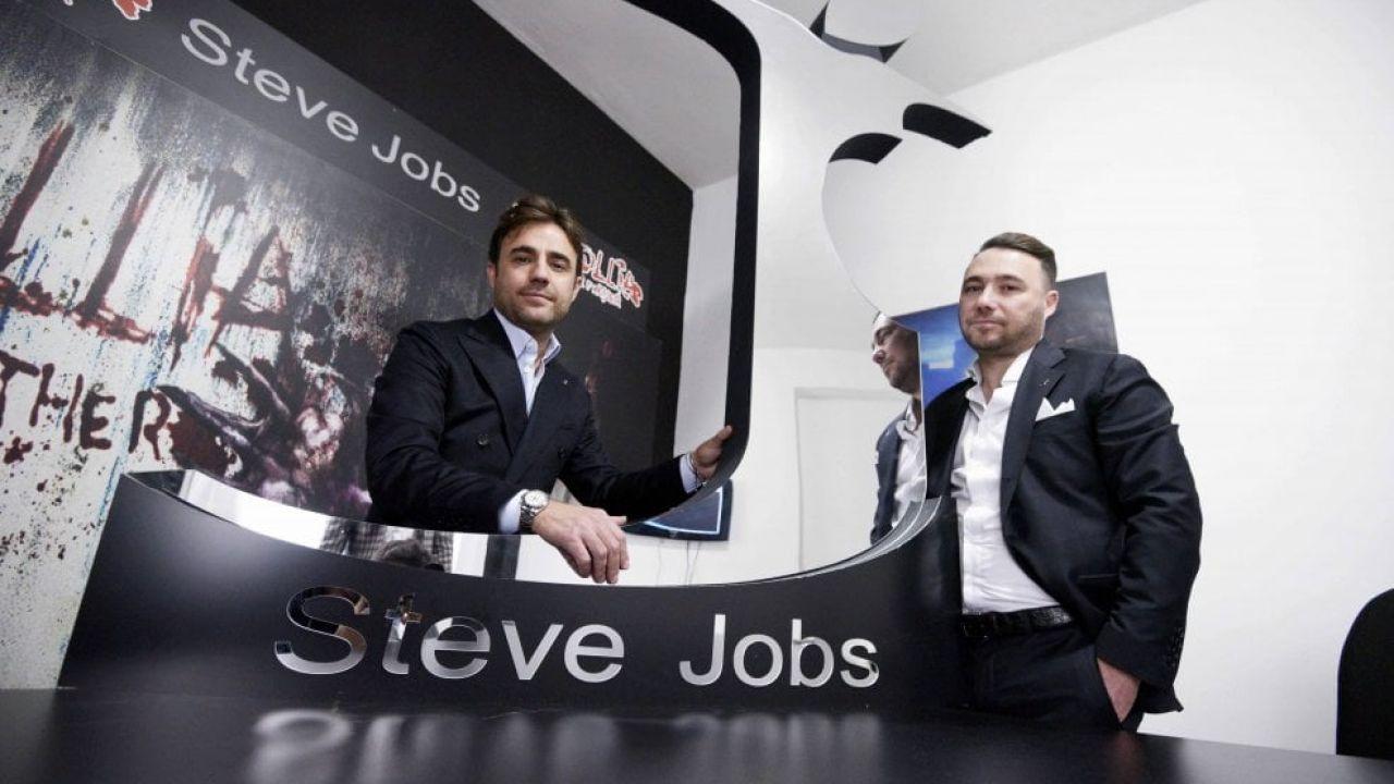 steve-jobs-marchio-abbigliamento-napoletano-3