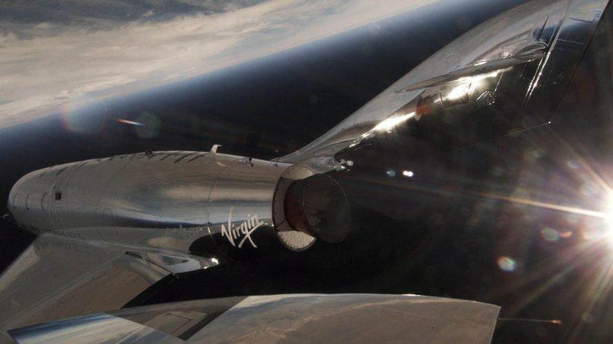 Virgin Galactic lancia VSS Unity: presto turisti nello spazio