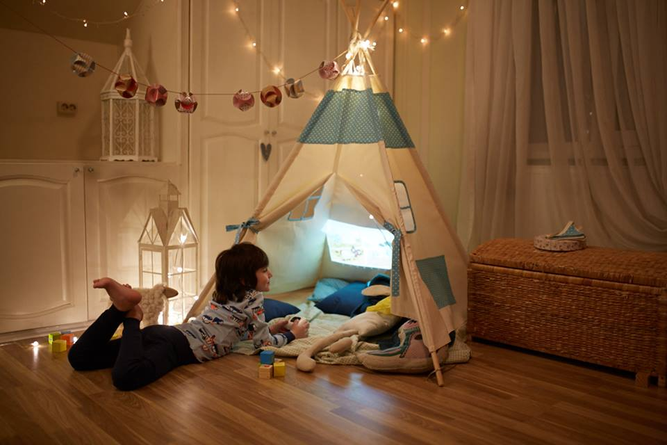 CINEMOOD-Portable-Kids-Projector-Camping