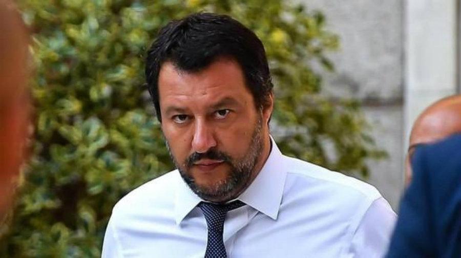 Un nuovo caso Diciotti. Ecco cosa sta preparando Salvini per la campagna d'autunno