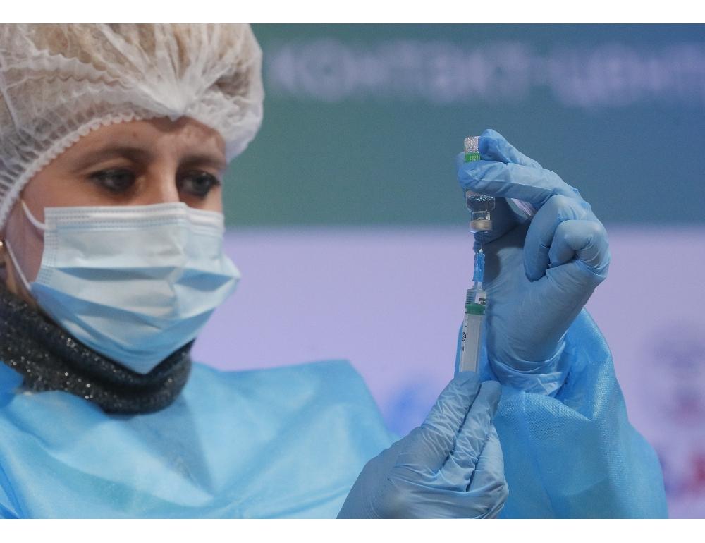 """AstraZeneca, la decisione Ema: """"Il vaccino è sicuro e affidabile"""""""