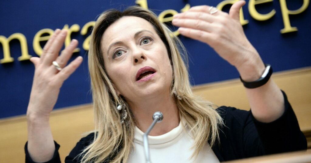 """Giorgia Meloni all'attacco: """"I Dpcm del governo? Grave limitare così le libertà"""""""