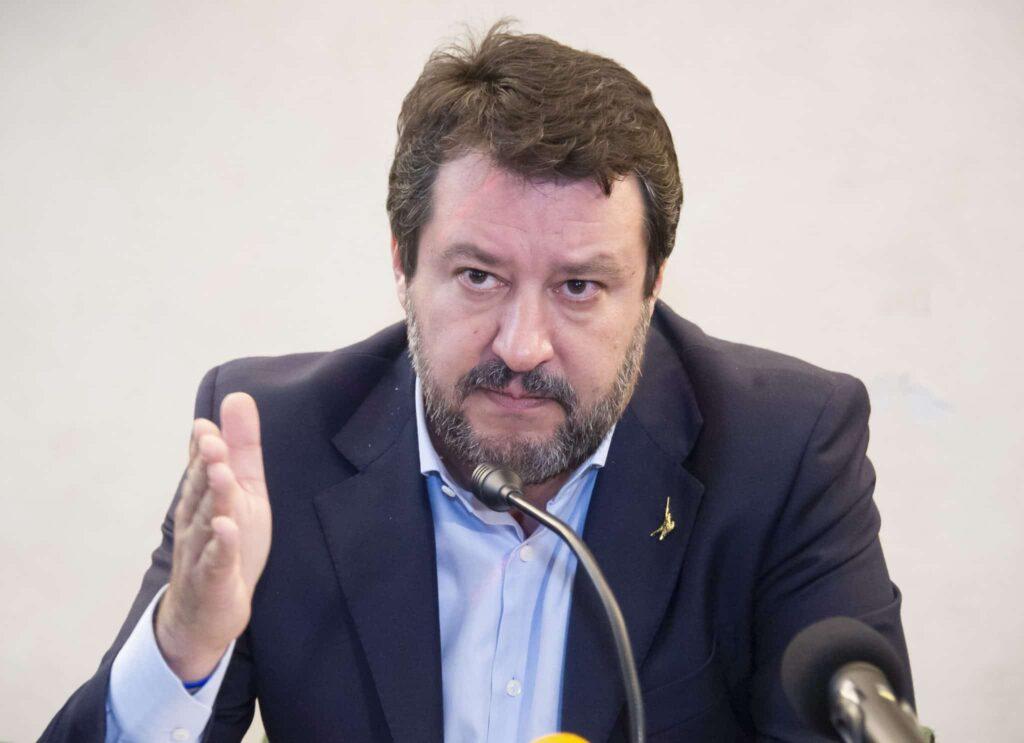 Salvini ha un problema: non ha ancora capito come funziona (davvero) lo ius soli
