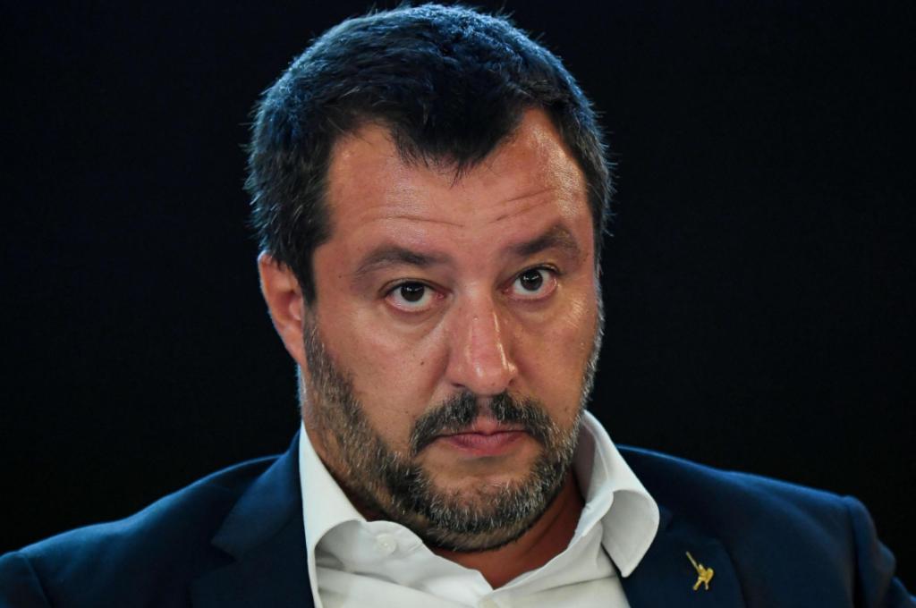 """Salvini ha un nuovo nemico, il voto all'estero: """"Troppi brogli"""""""
