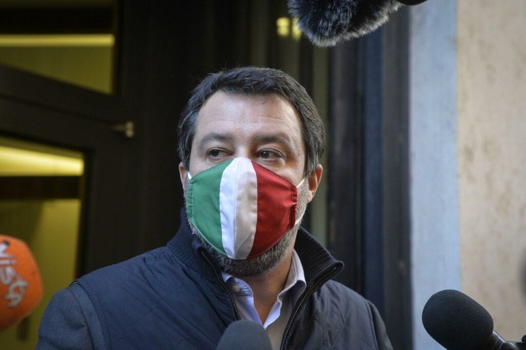 Salvini è ormai isolato: Forza Italia lo molla, Meloni sogna già da premier