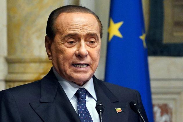 """Berlusconi: """"Federazione del centrodestra? No, serve un partito unico"""""""