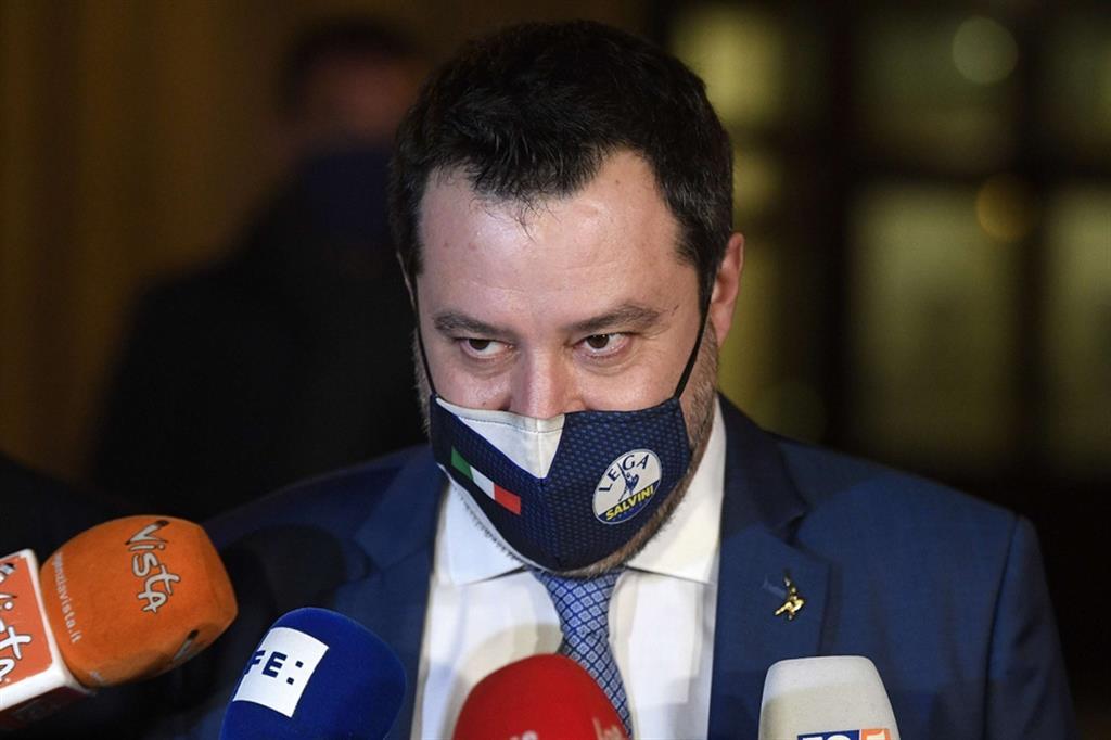 Sondaggi, sprofondo Lega: il partito di Salvini precipita sotto il 20%