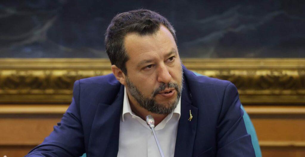 """Salvini: """"I profughi dell'Afghanistan? L'Italia può accoglierne solo una decina"""""""