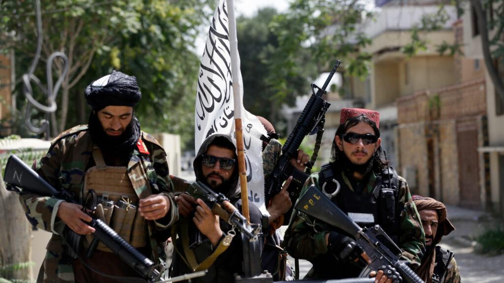 """""""La Cia ha incontrato in segreto i leader talebani"""": lo scoop del Washington Post"""