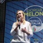 Meloni contestata a Torino