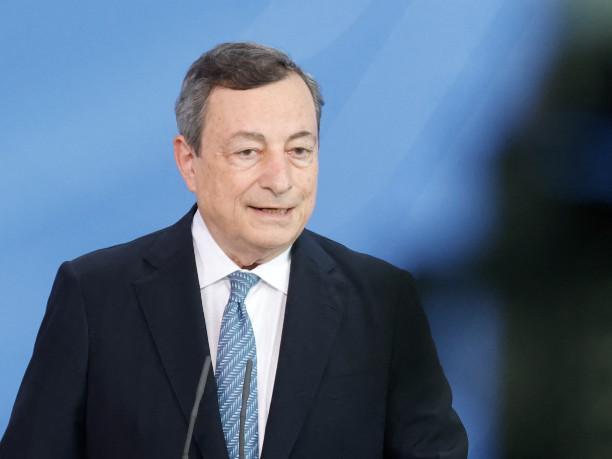 """L'impegno di Draghi: """"Le tasse non aumenteranno"""""""