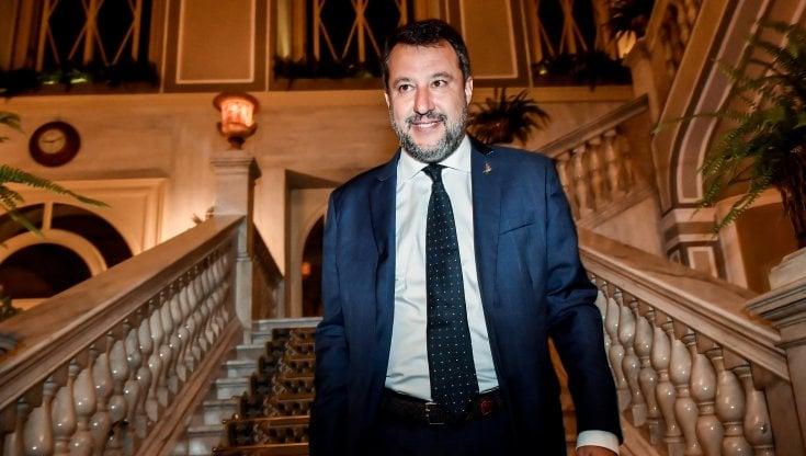 "Salvini: ""Sui migranti Papa Francesco la pensa come me"""