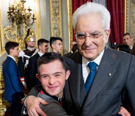 Il sogno di Valerio, ragazzo con la sindrome di Down diventato poliziotto ad honorem