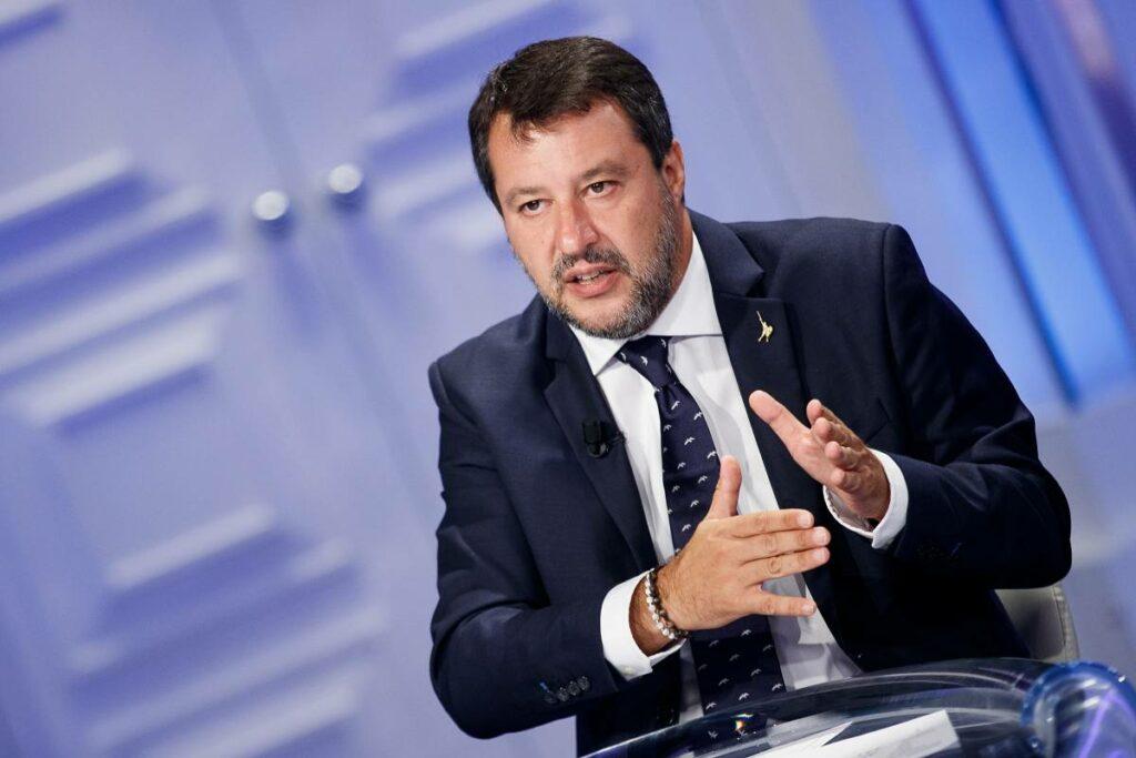 """Salvini corre da Draghi per ribadire: """"Nella Lega sono io che comando"""""""