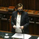 Scontro alla Camera durante l'intervento della Lamorgese