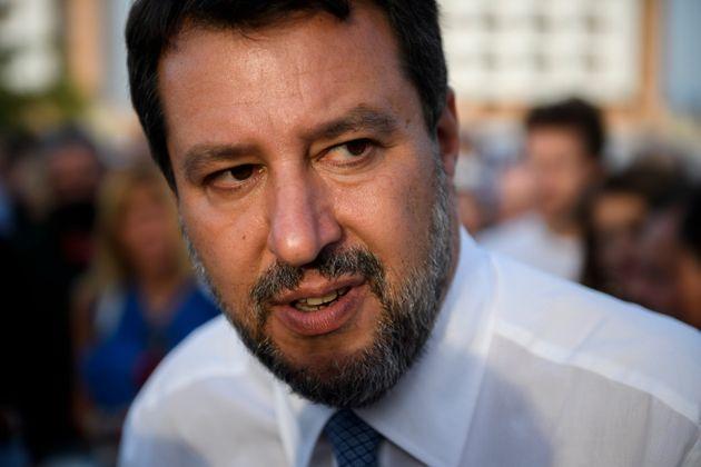 La Lega crolla anche al Nord: ora Salvini deve guardarsi le spalle